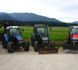 Trije traktorji LINDNER treh različnih barv bratov Brunet
