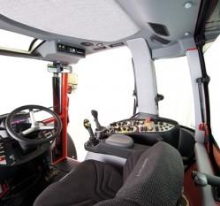 geotrac-Geotrac-134ep-Geotrac-134-Cockpit-600x400-jpg_990x743f